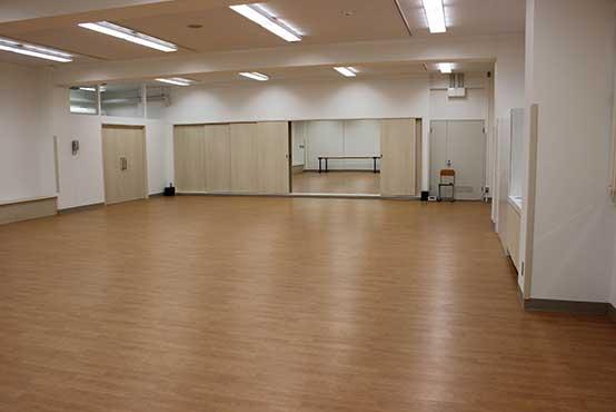 ダンスやバレエで使うスタジオ